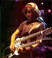 Guitarist Eric Schenkman